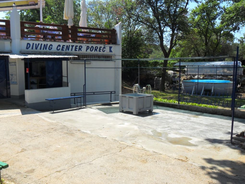 About our dive center